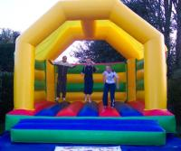 xtremecastles.com bouncy castle hire